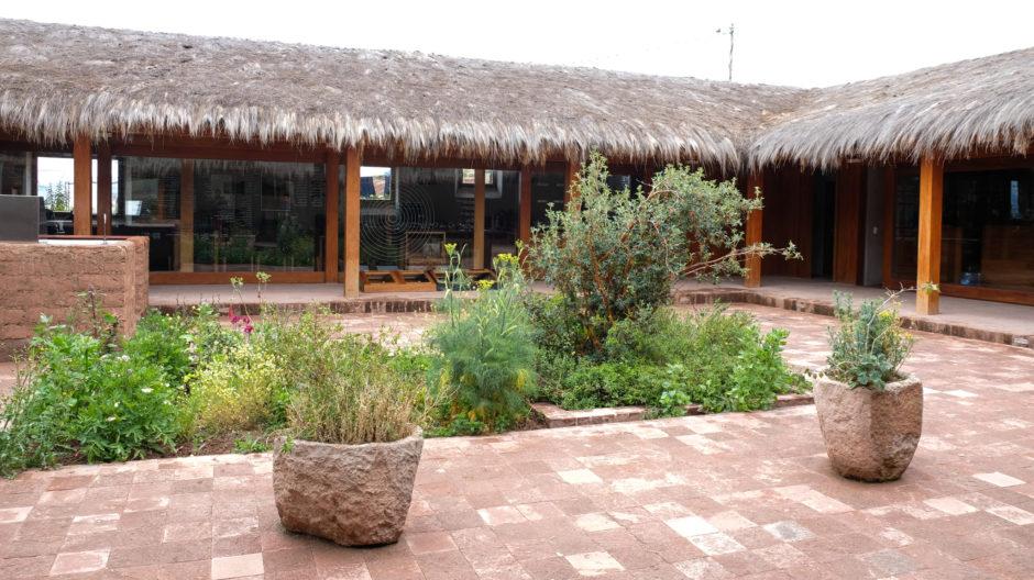 MIL botanical garden