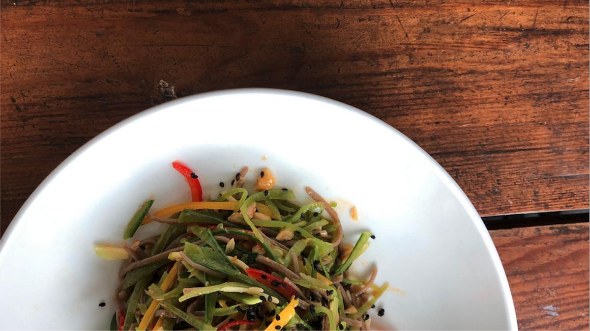 A fresh pea pod noodle salad